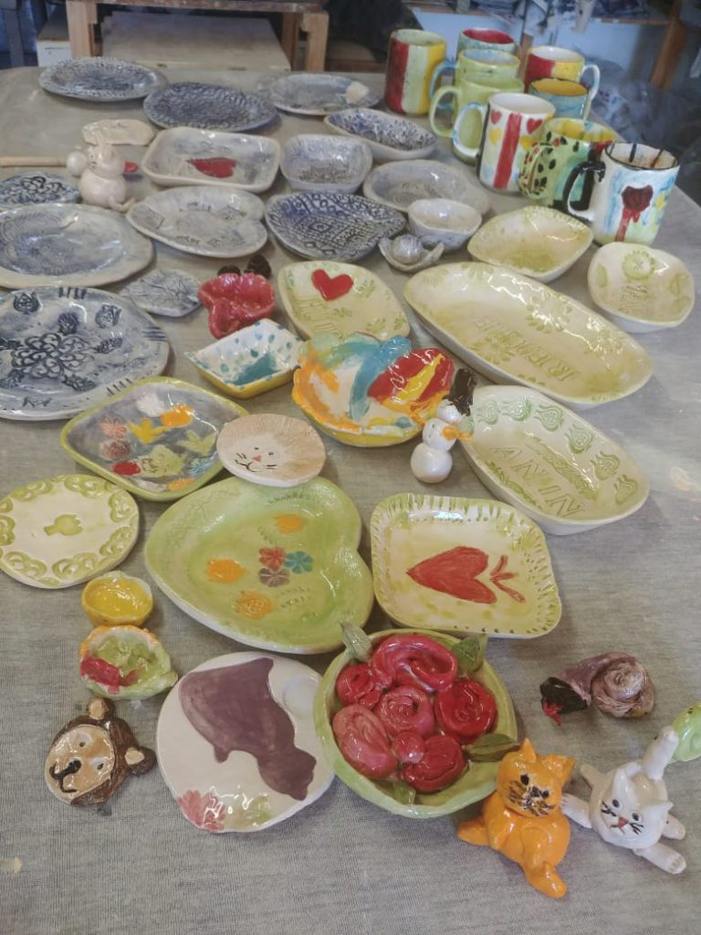 Kids pottery party
